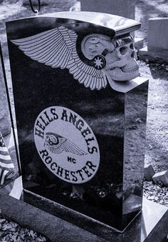 Hells Angels Gravestone - Fairfield Cemetery Spencerport Monroe County New York. //Love this marker, I should visit the cemetery 4 minutes away from me as there are Hell's Angles buried there EL// Cemetery Monuments, Cemetery Statues, Cemetery Headstones, Old Cemeteries, Cemetery Art, Graveyards, Hells Angels, Unusual Headstones, Famous Graves