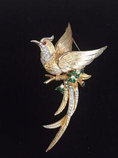 Vtg Designer Boucher Large Goldtone Bird Landing Brooch Statement Rhinestone WOW #Boucher