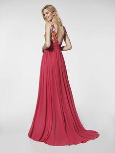 Imagen del vestido de fiesta rojo (62035). Vestido GRETEL largo con tirantes