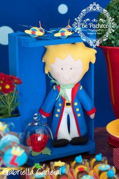 Esse Príncipe é um encanto! Eu adoro quando as mamães me procuram e dizem que o tema escolhido para a festa é Pequeno Príncipe!  Já pego o l...