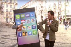 A 1ª declaraçao de amor entre um ser humano e seu celular – comercial da rádio RFM - Blue Bus