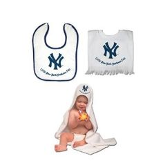 NY Yankees TEAM TODDLER SET - Hooded towel, Pullover Bib & Snap Bib with Color trim (Baby Product) http://www.alternative-mama.com/l.php?p=B000PH7920