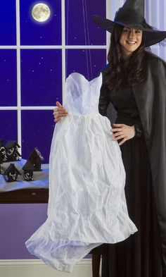 "Have everyone asking ""Who's your friend?"" after you try this Ghostly Dress #Halloween project"