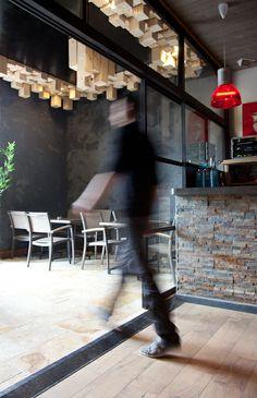 bar en béton ciré // Concrete bar counter