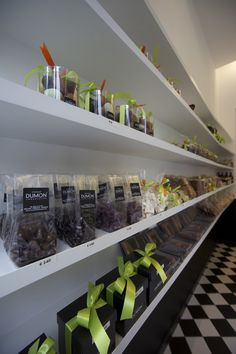 Dumon chocolatier shop by Witblad, Kortrijk – Belgium » Retail Design Blog