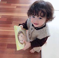 #ULZZANG #ULZZANGBABY #BABY Cute Little Baby, Cute Baby Girl, Mom And Baby, Little Babies, Baby Kids, Baby Baby, Cute Asian Babies, Korean Babies, Asian Kids