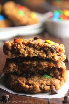 Healthy Classic Monster Cookies -- peanut butter oatmeal with LOTS of chocolate! These skinny cookies don't taste healthy at all! You'll never need another monster cookie recipe again! Healthy Baking, Healthy Treats, Yummy Treats, Sweet Treats, Healthy Recipes, Gluten Free Deserts, Gluten Free Treats, No Bake Treats, Cookie Recipes
