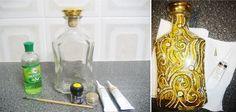 Botellas de pintura con contornos propias manos