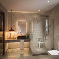 calido espacio bano moderno crema #decoracionbañosmodernos #bañosmodernos