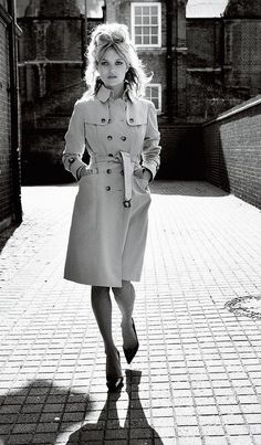 The best styling suggestions for trench coats culled from the Vogue Archive