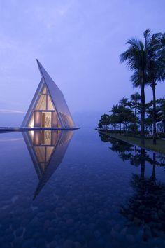 Conrad Bali Resort and Spa Infinity Pool