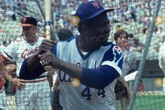 Hank Aaron in Mets cap and '79 Atl. road uni (which he never wore) at a Mets old-timers game