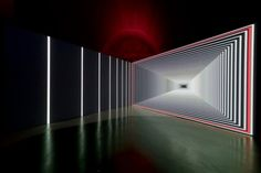 Onion Skin, created by French artist and visual label ANTIVJ co-founder Olivier Ratsi, is an immersive installation that recreates the different layers of the onion using lights and music.
