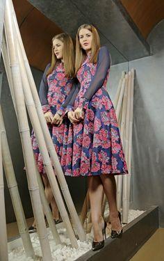 rochie brocart imprimeu