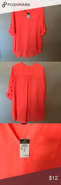 Dressy top Brand new with tags dressy top Rue 21 Tops Blouses