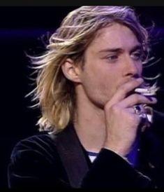 Kurt Cobain Quotes, Nirvana Kurt Cobain, Pretty People, Beautiful People, Donald Cobain, Dave Matthews Band, Indie Movies, Romantic Movies, Foo Fighters