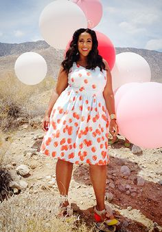 this look from the ModCloth Style Gallery! Cutest community ever. Oh golly do I love this outfit, this scenery, everything! Curvy Plus Size, Plus Size Girls, Plus Size Summer Dresses, Plus Size Outfits, Dress Summer, Curvy Girl Fashion, Plus Size Fashion, Womens Fashion, Fashion Black