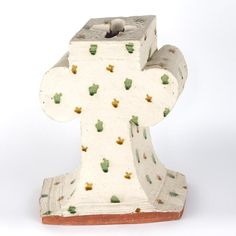 Large White Vase with Green and Gold Spots, 1990 Large White Vase, White Vases, Mosaic Tiles, Green And Gold, Dinosaur Stuffed Animal, Auction, Ceramics, Toys, Mosaic Pieces