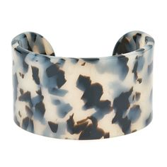 The Large Connecticut Cuff is an effortless bold addition to any outfit.