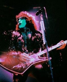 Find images and videos about kiss, rock and band on We Heart It - the app to get lost in what you love. Kiss Images, Kiss Pictures, Patrick Willis, Vinnie Vincent, Eric Carr, Peter Criss, Kiss Art, Paul Stanley, Ace Frehley