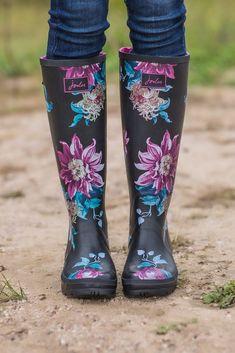 Cutest floral rain boots! Love the colors. #rainboots #boutique #ad