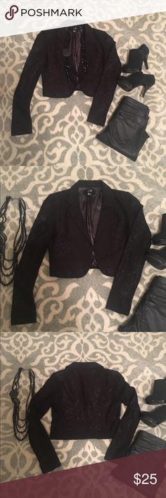 NWOT F21 // Cropped Lace Blazer Brand new cropped lace blazer - never worn. Perfect for transitioning from work to evening!  ✅Reasonable offers welcome (through offer button) ✅Bundle discounts on 2+ items ✅Measurements provided on request ✅If there's a PM shipping promo tag the item you're interested in and I will gladly set up a new listing so you can get discounted shipping ❌No trades please 😊 Forever 21 Tops