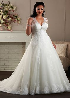 Plus Size Wedding Dress Lace White Ivory Bridal Gown Custom Size 18 20 22 24 in Clothing, Shoes & Accessories, Wedding & Formal Occasion, Wedding Dresses Plus Size Bridal Dresses, Plus Size Wedding Gowns, Plus Size Gowns, Davids Bridal Plus Size, Wedding Dresses For Curvy Women, Gorgeous Wedding Dress, Wedding Dress Styles, Dream Wedding Dresses, Wedding Attire