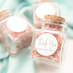 Pink Himalayan Salt Personalized Glass Cork Jars – Bridal Shower Party Favors, Wedding Favors, Birthday Favors, Thank You Gifts – - Brautparty Ideen Baby Shower Favors Girl, Baby Shower Tags, Bridal Shower Party, Baby Shower Parties, Gold Wedding Favors, Vintage Wedding Favors, Wedding Cakes, Souvenirs Ideas, Baby Shower Invitaciones
