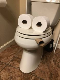 Super Funny Jokes For Adults Humor Hilarious April Fools Ideas Toilet Paper Humor, Funny Jokes For Adults, Life Memes, Adult Humor, Super Funny, Pranks, Funny Photos, Funniest Photos, The Funny