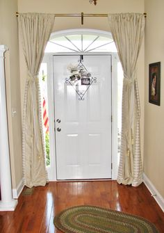 1000 images about front door deco ideas on pinterest for Front door curtain ideas