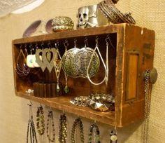 Un cassetto di gioielli