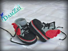 MADE TO ORDER crochet Baby Sneakers Newborn Converse by DamZei