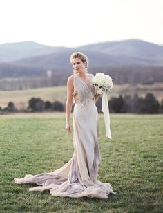 New Year's Styled Shoot by Eric Kelley Photography Pt 2 | Wedding Blog – Wedding Colors & Inspiration | Grey Likes Weddings