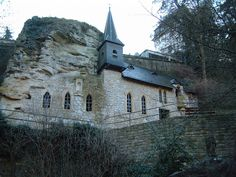 Built into the rock, Luxemburg. Guess we can say this church is built on a solid foundation.
