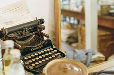 winterwhitefox:    typewriter by I.E. on Flickr.
