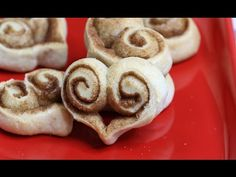 See how to make these adorable Cinnamon Roll Hearts with just 3 ingredients. They're perfect for everyday snacking and Valentine's Day. Breakfast Recipes, Dessert Recipes, Desserts, Childrens Baking, Crescent Roll Recipes, Bread And Pastries, Food Crafts, Creative Food, Cinnamon Rolls