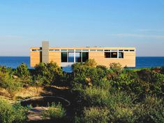 Low-Maintanance And Effort Environment Friendly Surfside Place Of Dwelling by means of Stelle Architects , Stelle Architects have completed another project in the town of Bridgehampton, NY. Surfside. The private residence rests steps away from the shore, in an exposed Atlantic-Ocean environment. and is well integrated in its landscape. The architects describe , Admin ,...