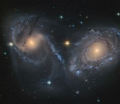 Astronomy Universe NGC 6769 (right) and 6770 (left) are two spiral galaxies on their way to a massive collision. James Webb Space Telescope, Hubble Space Telescope, Space And Astronomy, Hubble Pictures, Hubble Images, Cosmos, Cthulhu, Urban Decay, Deep Images