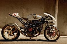 I'm a fan of the Spanish tuner Radical Ducati: their bikes are invariably well engineered and good looking. And they seem to know what to change and what to leave alone. This latest bike is nicknamed 'Rad to Hell', and it's based on the Monster S2R 1000. Radical Ducati has wisely left the excellent suspension…