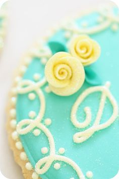 Place Setting Cookies - How To - by Sweetopia blog