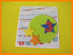 Tarjeta de cumpleaños con estrellas y muchos colores