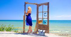 Sezonul #estival a inceput deja 🌞👒 Cu siguranta cei mai multi dintre voi sunteti gata de #distractie. Tu ce preferi pentru o mini #vacanta ☀️ #marea sau #muntele? 😎 Daca pleci la mare, atunci nu uita geanta promotionala de #plaja.  #promotional #samdamgifts #promotionale #swag #brandedbag  #vamaveche #sunmer #beach #marketing #marketingideas Antibes, Logo Nasa, Pools