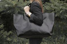 Cocodrilo negro de gran tamaño Tote Bag, bolso cada día