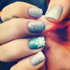 Holiday Nails #snowflake #glitter