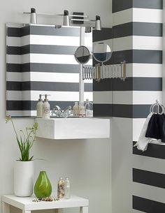 ¿Haz pensando en darle un toque especial a la pintura de tu baño? #Decoración #Pintura #Rayas #Baño #PinturaBaño #Homecenter