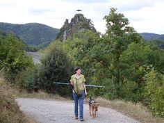 Ahrtal: Hundefreundliches Pauschalangebot mit einzigartigen Kultur- und Naturführungen http://www.reisegezwitscher.de/reisetipps-footer/1959-ahrtal