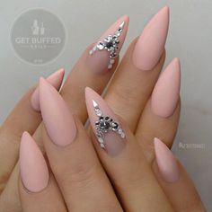Loving my matte peachy claws by @getbuffednails #neztheartist