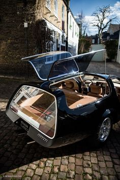 The Daytona 365 GTB/4 Shooting Brake. Built by Panther Westwinds in Surrey, England.
