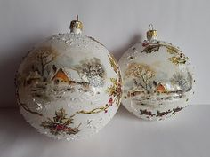 Christmas Balls, decoupage JoannaY. Rustic Christmas Crafts, Christmas Decoupage, Painted Christmas Ornaments, Christmas Tree Toy, Christmas Baubles, Holiday Ornaments, Christmas Projects, Christmas Holidays, Christmas Paintings