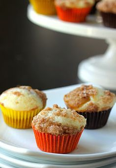 Pumpkin Cheesecake Muffins. A cross between pumpkin pie, cheesecake, and cupcakes. Amazing!